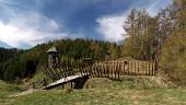 Starodávna drevená pevnosť