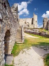 Interiér hradu Beckov