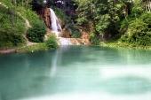 Jazero a vodopád