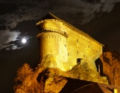 Oravský hrad počas noci