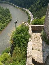 Výhľad z hradu Strečno