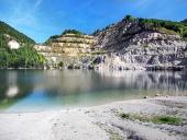 Šútovské jazero na jeseň