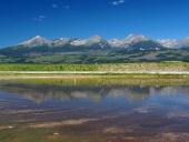 Odraz Vysokých Tatier v jazere