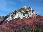 Farbistý vrchol pohoria Veľký Rozsutec