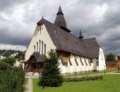 Kostol svätej Anny v obci Oravská Lesná na Slovensku