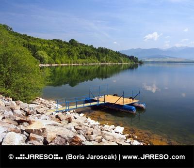 Mólo pre lode na Liptovskej Mare, Slovensko