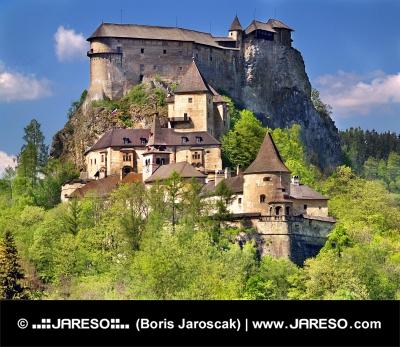 Južná strana Oravského hradu