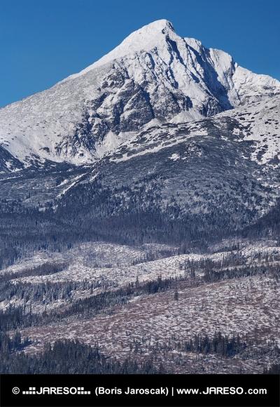 Kriváň počas zimy vo Vysokých Tatrách