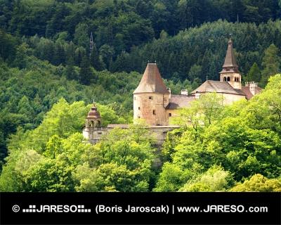 Dolný palác Oravského hradu