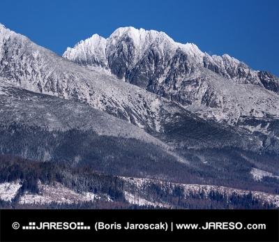 Masívy slovenských Vysokých Tatier v zime