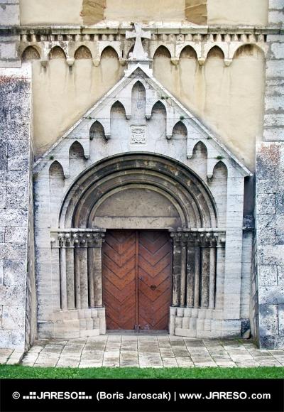Brána katedrály v Spišskej Kapitule