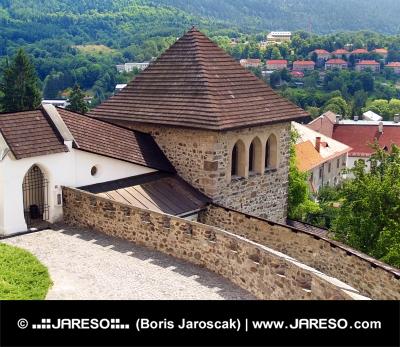 Opevnená veža Kremnického hradu