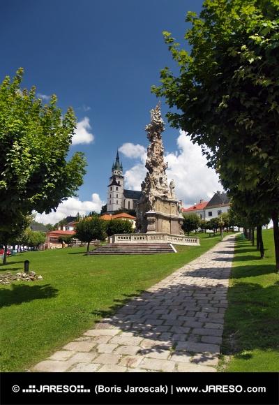 Morový stĺp a hrad v Kremnici