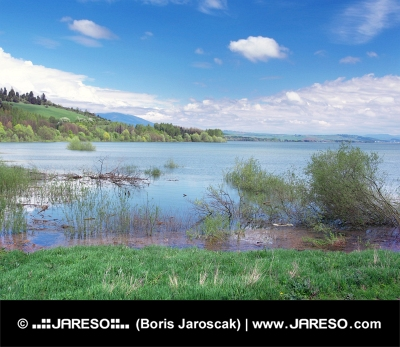 Veľmi vysoká hladina vody v Liptovskej Mare