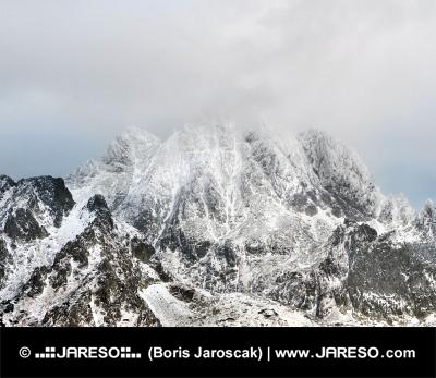 Nebezpečná búrka nad Vysokými Tatrami