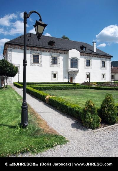 Svadobný palác v meste Bytča, Slovensko
