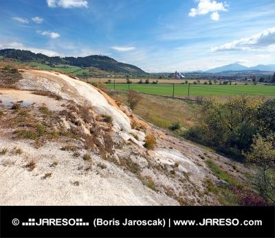 Travertínové kaskády v Bešeňovej, prírodná pamiatka