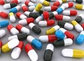 Koncept mnohých farebných piluliek